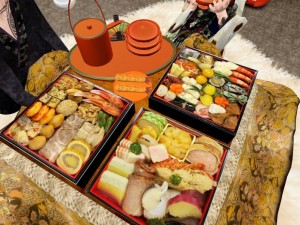 SECHI SET (Traditional Japanese New Year foods) by maiworks - Teleport Hub - teleporthub.com