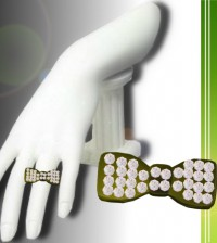 Ribbon Ring Green by Persefona - Teleport Hub - teleporthub.com