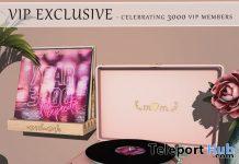 Turntable & Record Rack 3000 Members VIP Group Gift by {moss&mink} - Teleport Hub - teleporthub.com